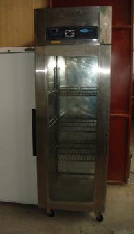Хладилен шкаф с 2 срещуположни врати