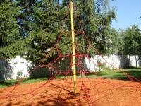 Въжена детска катерушка- пирамида