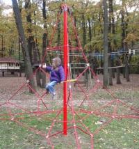 Въжена детска пирамида -  катерушка