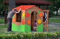 Поръчка на детски къщички за игра от дърво
