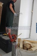 монтаж на интериорна врата
