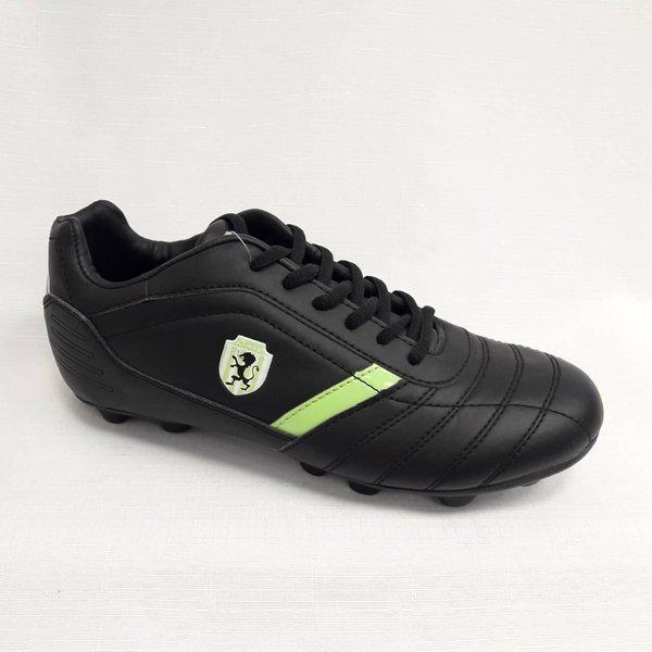 Черни мъжки обувки за футбол.