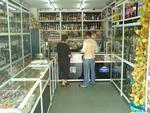 търговско обзавеждане на магазин за алкохол