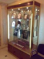 Проектиране и изработка на щандове за магазини за бижута