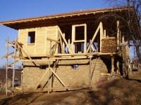 Дървени къщи и обзавеждане