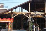 изработка на дървен навес за ресторант