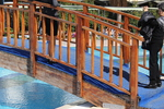 произвежда дървени мостчета