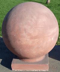 Бетонни сфери