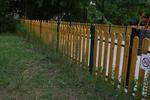 Изработка на огради от дървен материал по поръчка за обществени градинки