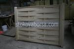плътна дървена ограда
