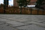 Изработване на дървени огради за обществени градинки по поръчка