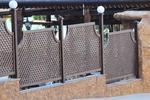 производство на дървени огради за механи и кръчми