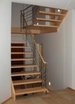Изграждане на дървени стълбища