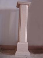 колони каменни