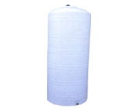 Пластмасов бидон 700 литра и 205 см височина