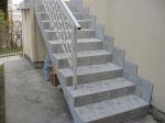 Модел стълби, изработени от варовик по поръчка