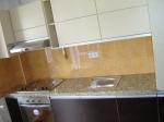 Професионална изработка на кухненски плотове от гранит