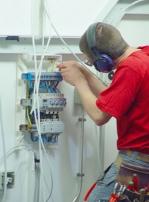 монтиране на промишлени силови инсталации