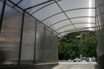 изработка на поликарбонатен навес за подземен гараж