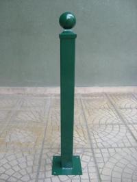 Метален антипарк ограничител със светлоотразители