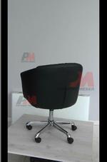 Каталог на тъмни  офис кресла